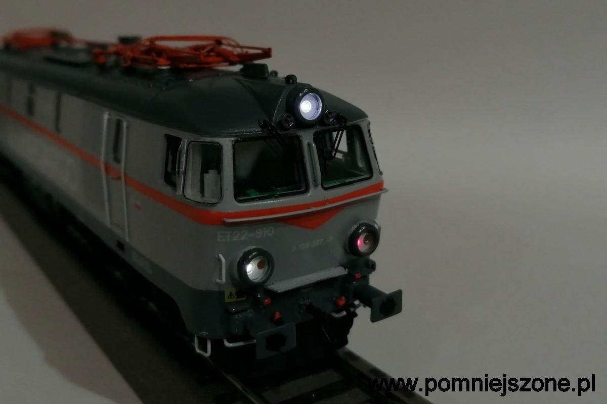 et22-910-10