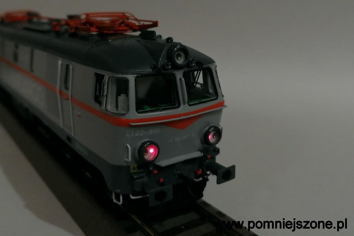 et22-910-15