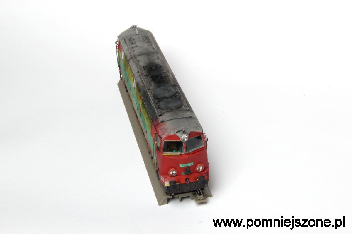 SU45-070 H0 04